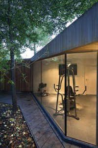 New-Gym-and-Garage-in-Highgate_08-682x1024